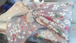 DIY Gift Wrapping: Furoshiki