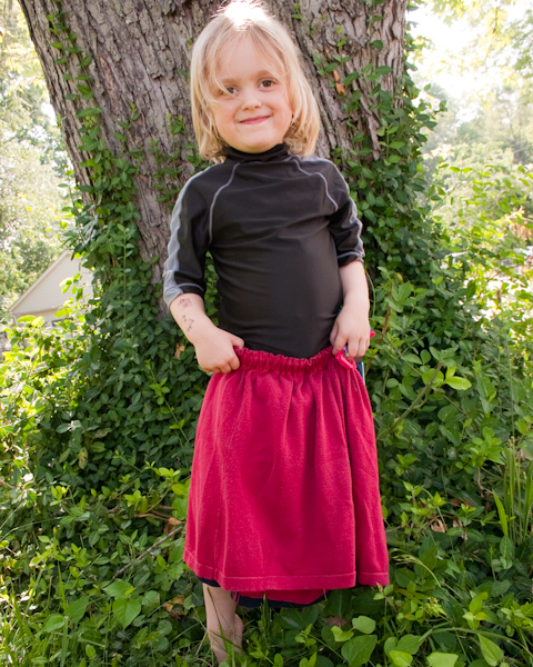 Turn an old tee into a child's skirt with this simple t-shirt to skirt tutorial!