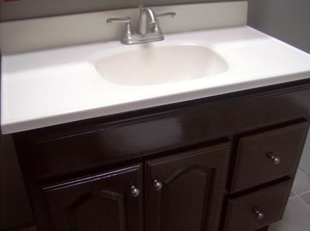 bathroom vanity makeover crafting a green world. Black Bedroom Furniture Sets. Home Design Ideas