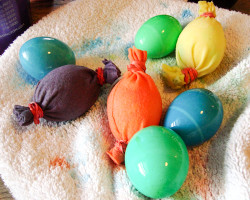 Eco-Friendly Easter Egg Dyeing