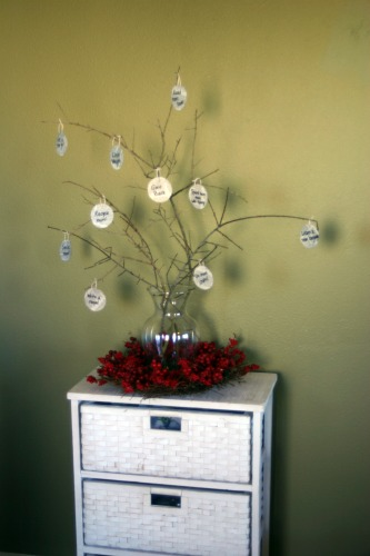 DIY New Year's Eve Goal Tree
