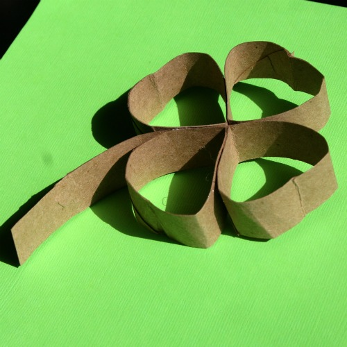 Make a Shamrock from a Toilet Paper Roll