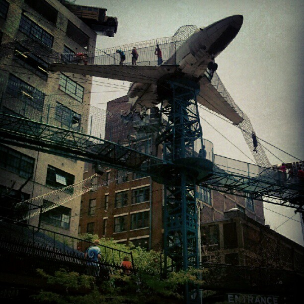 St louis city museum turns architectural salvage into an for Craft stores st louis
