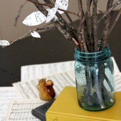DIY Thanksgiving Centerpieces: Mason Jar Tree