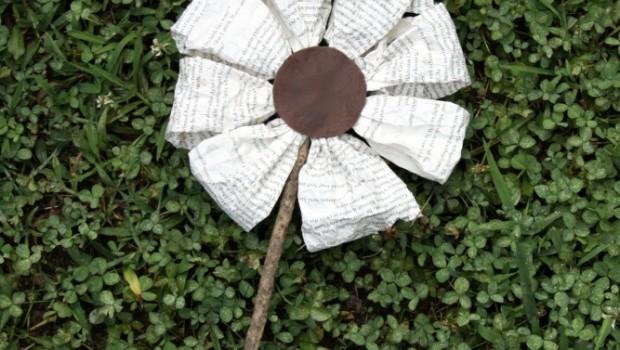 DIY Crafts: Make a Paper Flower!