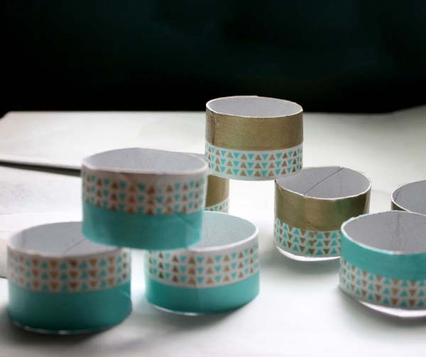 DIY Napkin Rings from a Paper Towel Tube