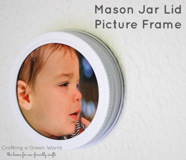 DIY Picture Frame from a Mason Jar Lid
