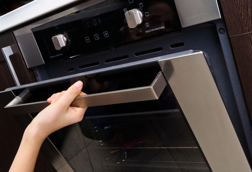 Cleaning Supplies: DIY Oven Cleaner