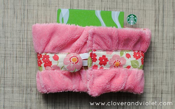 9 DIY Gift Wrapping Ideas: Coffee Gift Card Holder