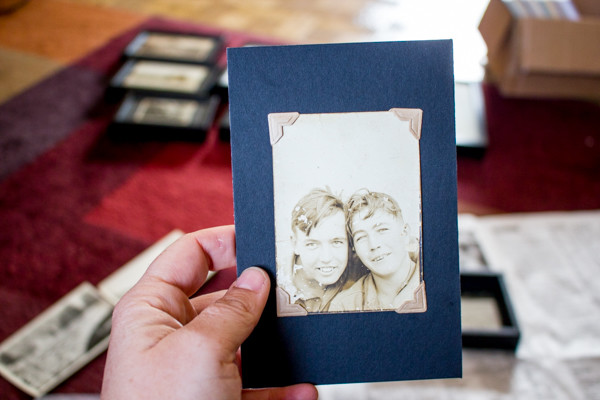 How to Display Vintage Photographs