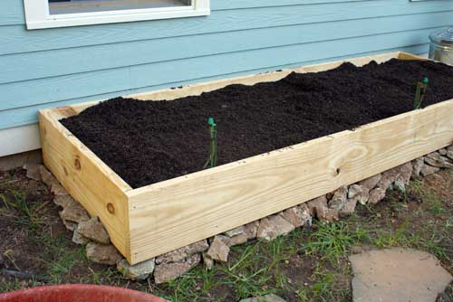 Wooden Plank DIY Raised Bed