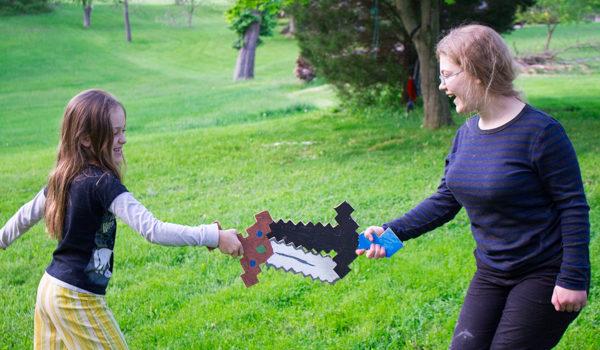 Minecraft Crafting: Scrap Wood Minecraft sword