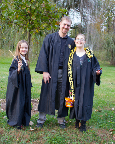 I made my family's costumes - including a DIY Hogwarts robe for each of us - in under 2 hours!