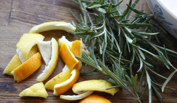 DIY Natural Cold and Flu Remedies: Rosemary Wellness Simmer by 5 Orange Potatoes