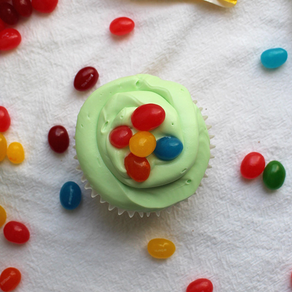 These Easter cupcakes are so cute and so delicious - no one will guess that they're totally vegan!